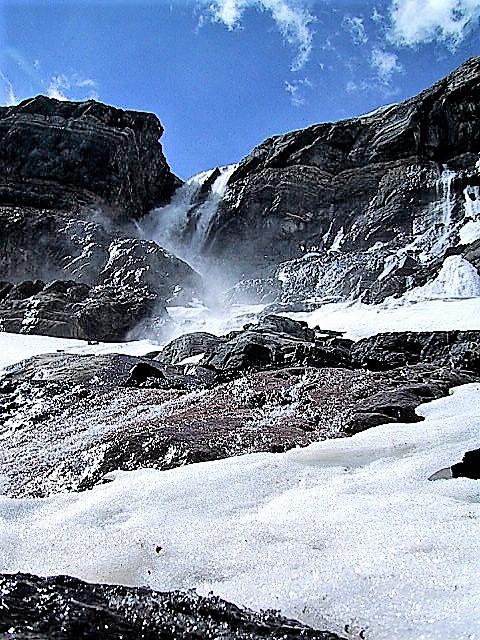 bow glacier falls hike_upper falls 6 (2)